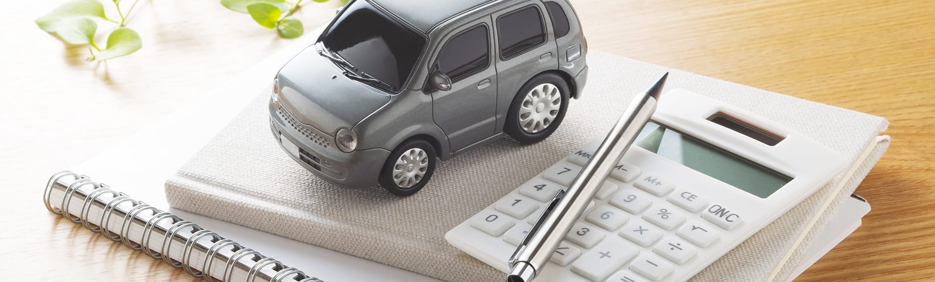 vehicle loans with car and calculator